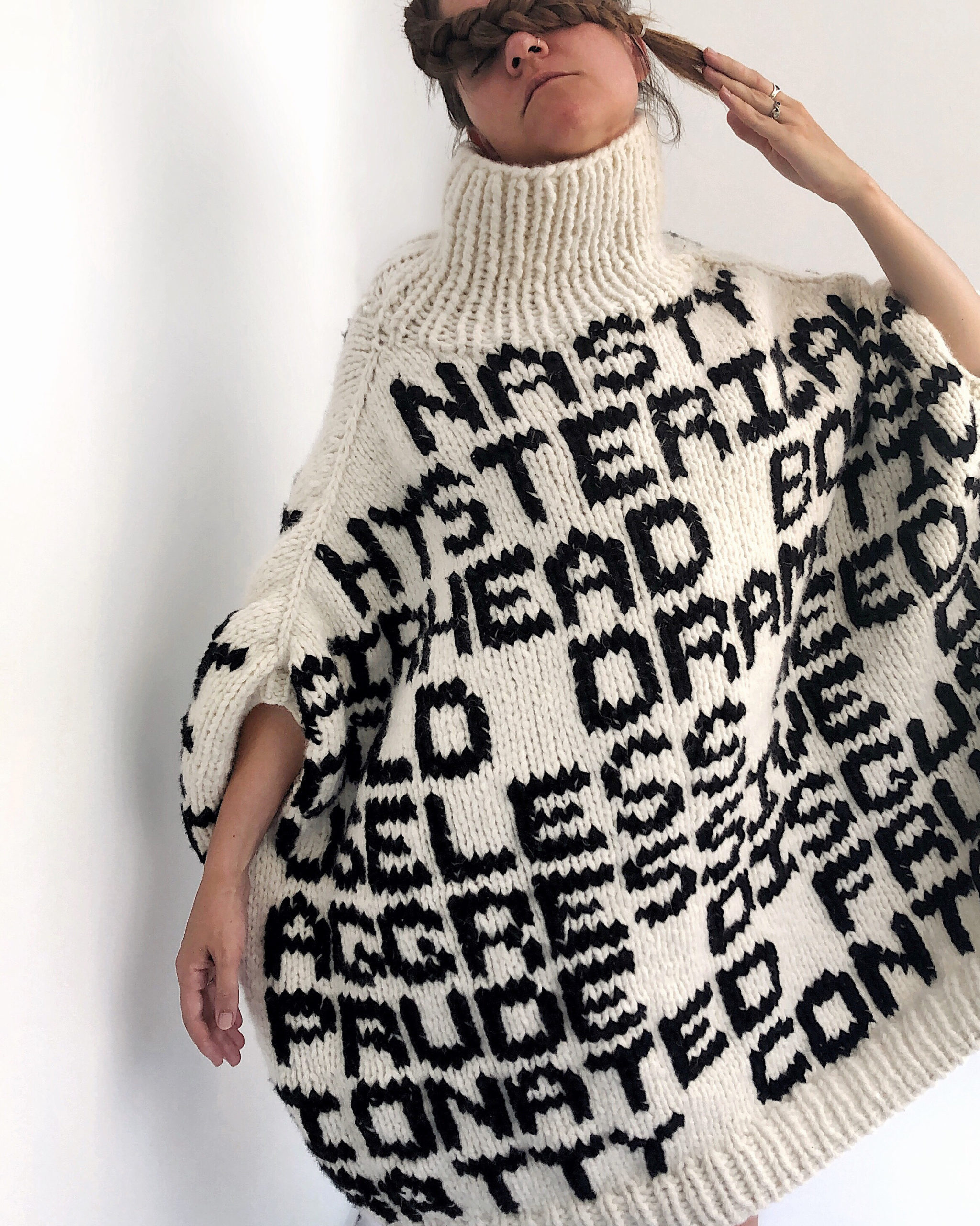 Stereotype Sweater | Detail